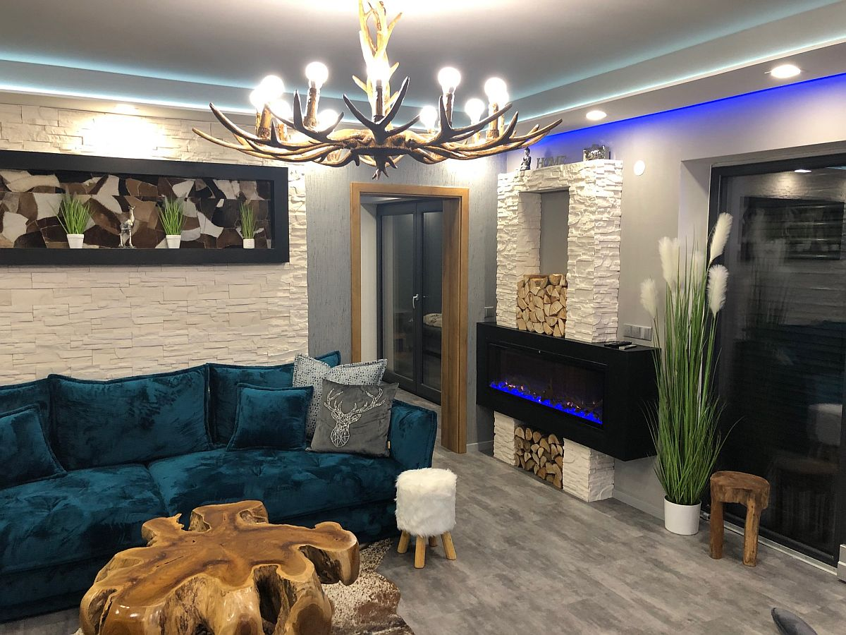 Byt 3kk - obývací pokoj s krbem