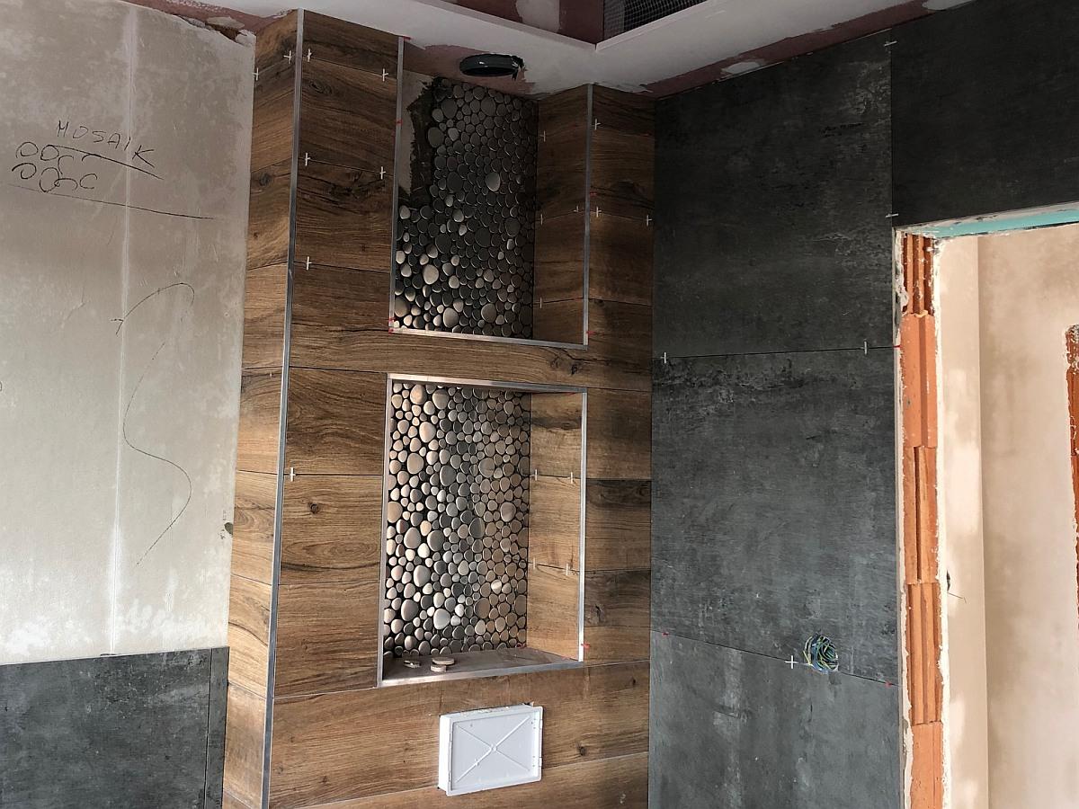 Mozaikový obklad WC