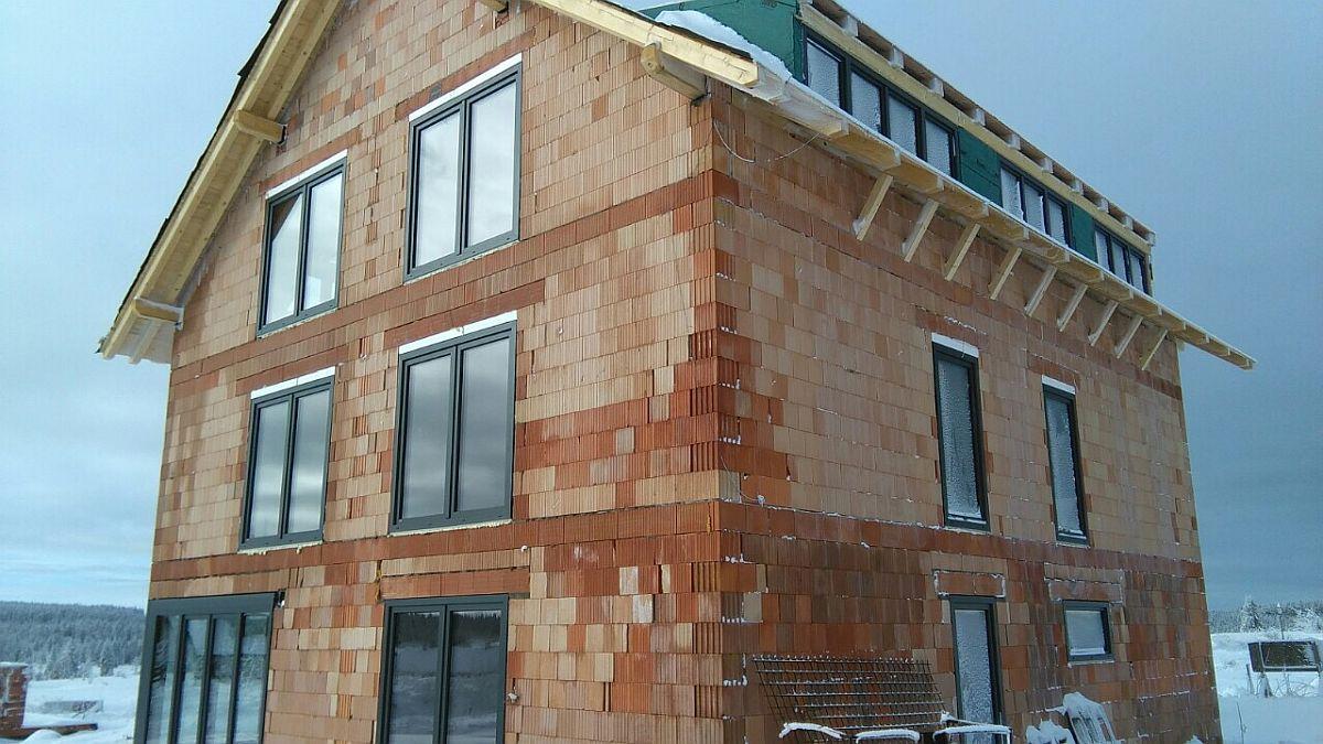 Byty Boží Dar - okna jsou namontovaná