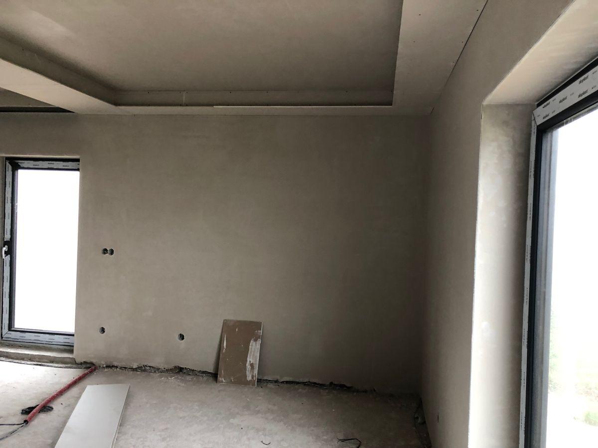 Dokončovací práce interiéru na Božím Daru 6