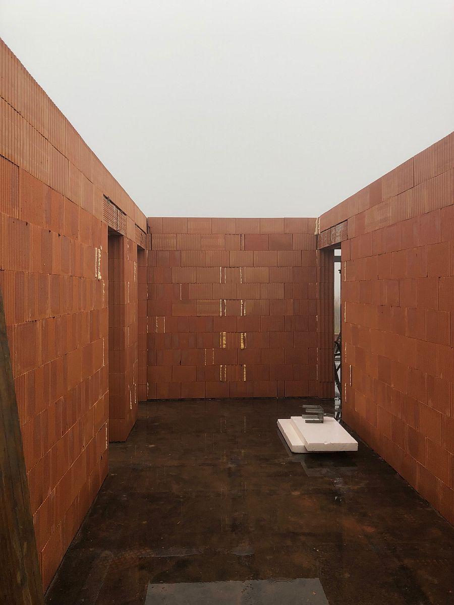 Stavba bytů na Božím Daru - září 2018, vnitřní místnost